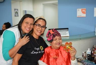 Ação resgata autoestima de pacientes oncológicos no Hospital Santa Izabel