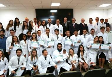 Entre as mais disputadas da Bahia, Residência Médica do Hospital Santa Izabel forma nova turma de profissionais