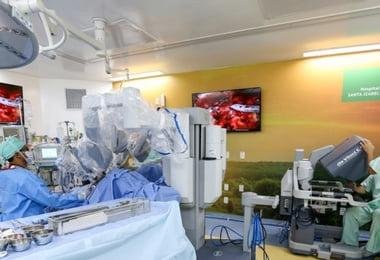 Hospital Santa Izabel comemora 150ª cirurgia urológica com uso de robô